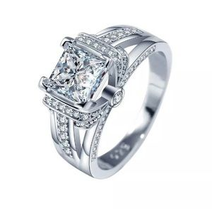 Elegant 925 Silver White Sapphire Ring